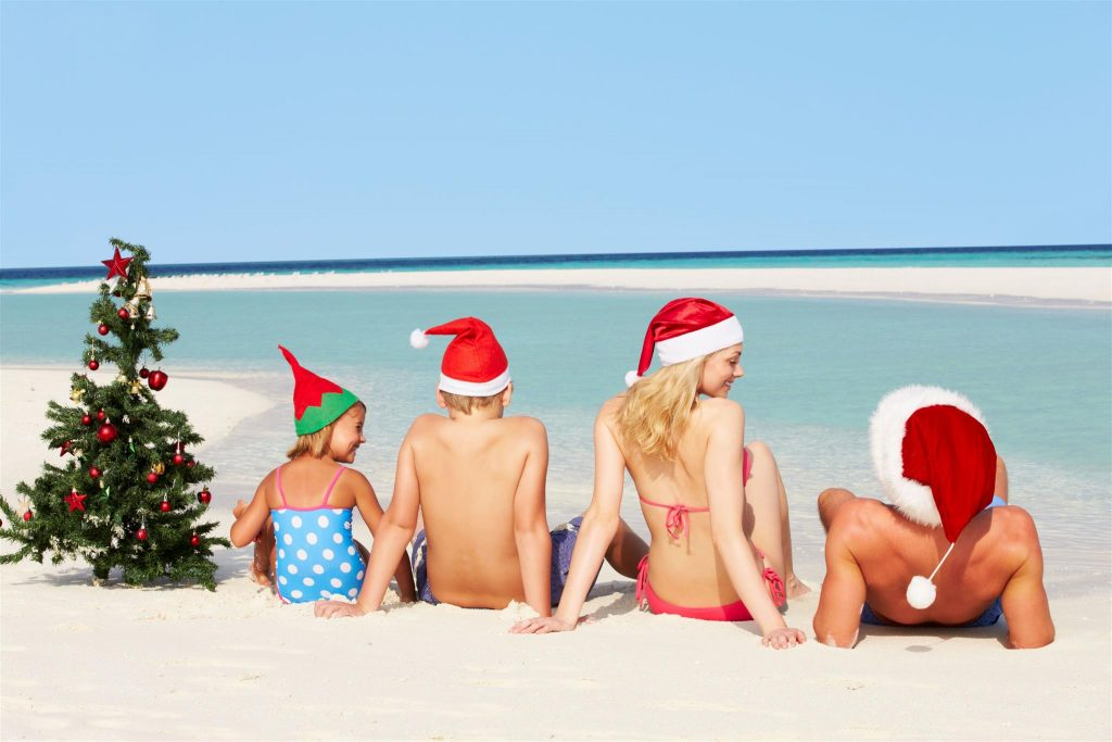 christmas-in-summer-the-sea-the-sun-and-the-tree-all-inclusive-2