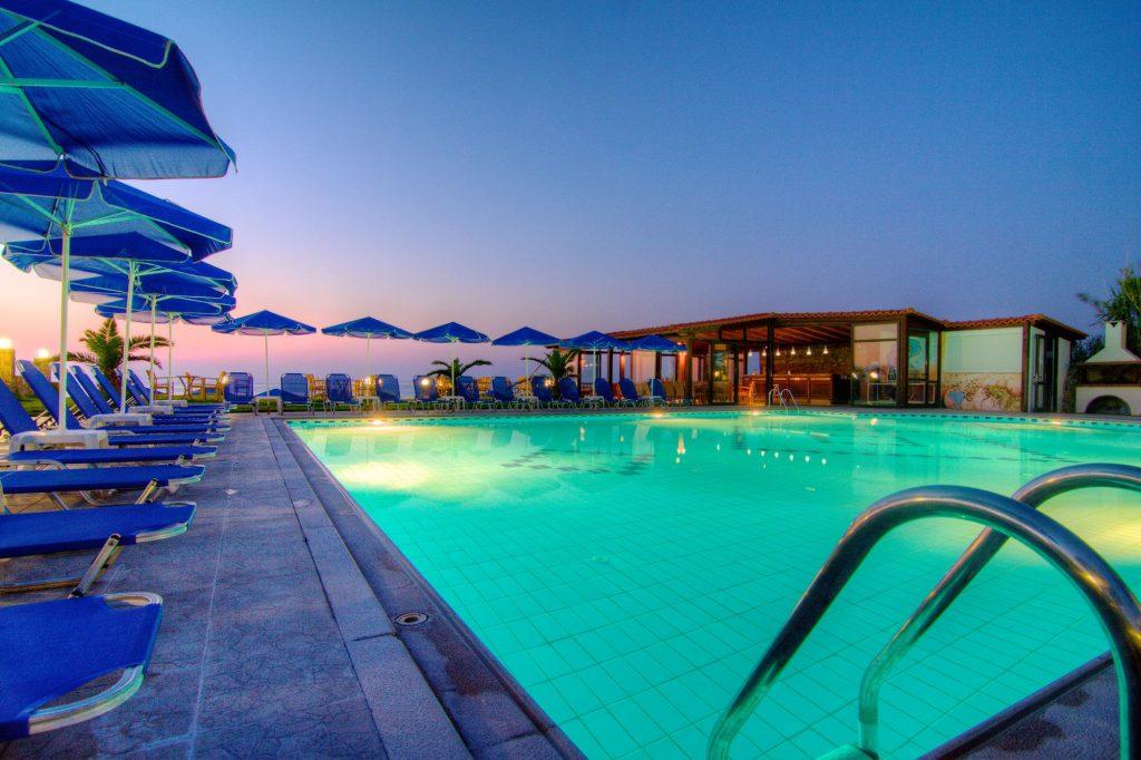 crete-hotel-chain-bomo-club-departure-from-chisinau-20-05-2010-from-380-euros-1