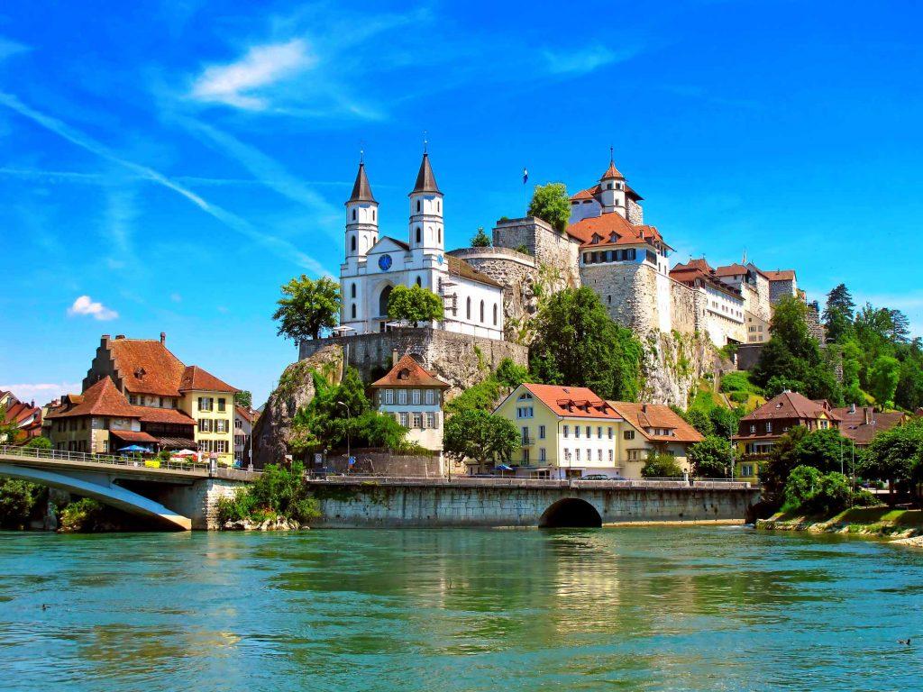 italy-switzerland-principality-of-liechtenstein-elegant-price-270-euro2