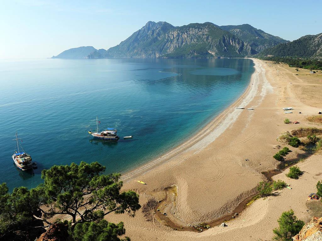 mr-travel-represents-dosinia-luxury-resort