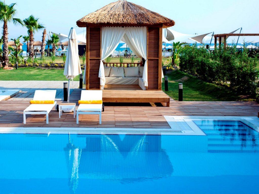 mr-travel-represents-the-premium-class-hotel1