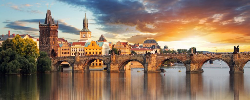 prague-under-the-curtain-of-summer2