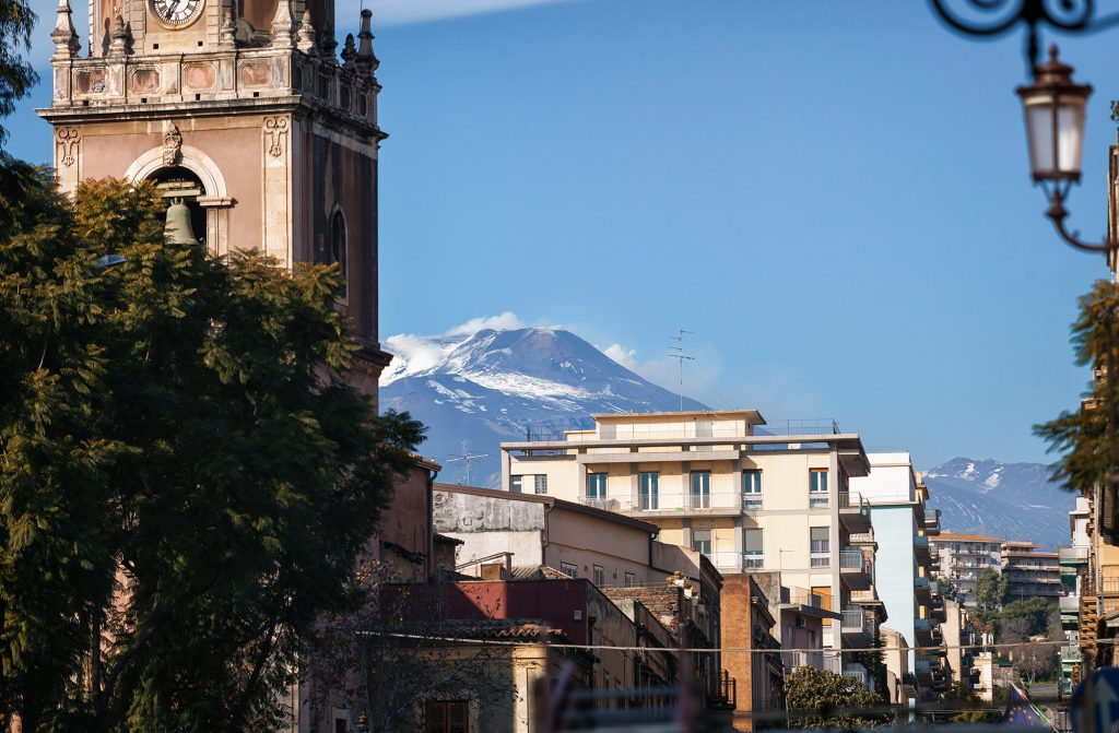 sicily-catania-a-city-in-the-shadow-of-the-volcano-etna4
