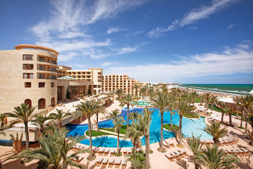 tunisia-is-a-country-of-sandy-beaches-and-all-inclusive3