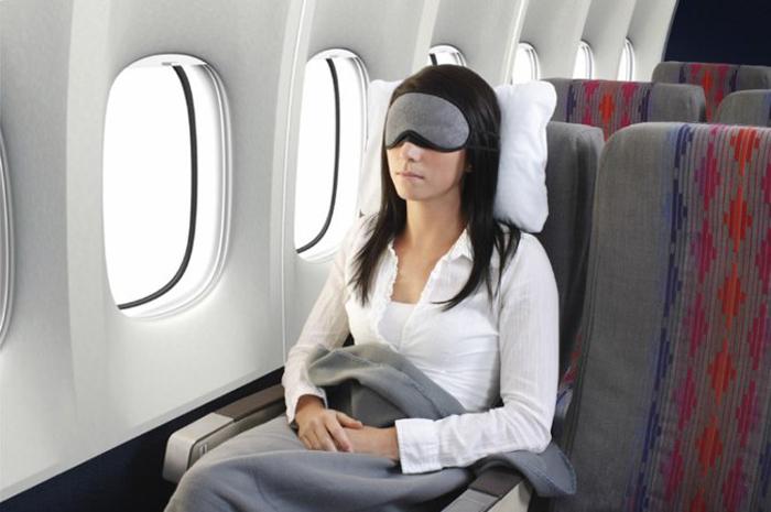 sleep-on-the-plane1